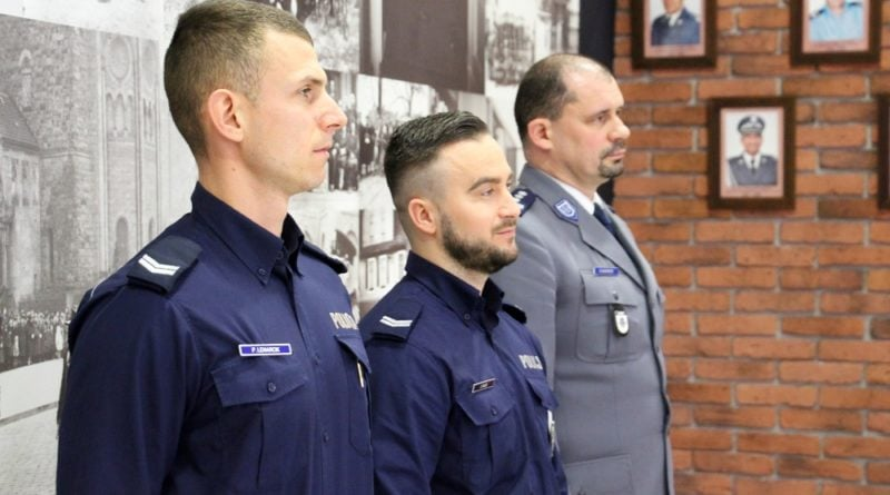 Poznań: To oni złapali pirata drogowego na Roosevelta! Dziś gratulował im wojewoda