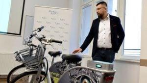 rowery miejskie 2 fot. ztm 300x169 - Poznań: Rowerów mniej, ale będą lepsze. 1 marca rusza Poznański Rower Miejski