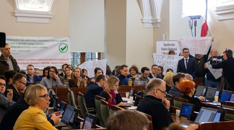 sesja rady miasta poznania 11.02.2020 fot. slawek wachala 5941 800x445 - Poznań: Grzegorz Ganowicz złożył zawiadomienie do prokuratury. W sprawie zajść na ostatniej sesji