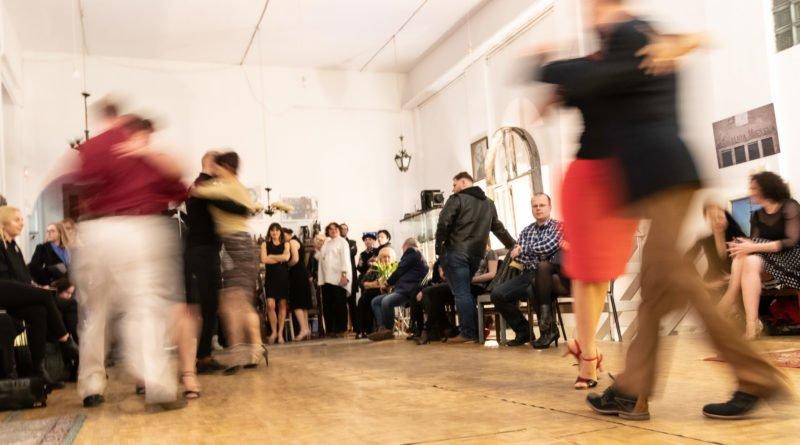 tango maciej komorowski fot. slawek wachala 6275 800x445 - Poznań: Tango i... Maciej Komorowski. W Łazędze Poznańskiej