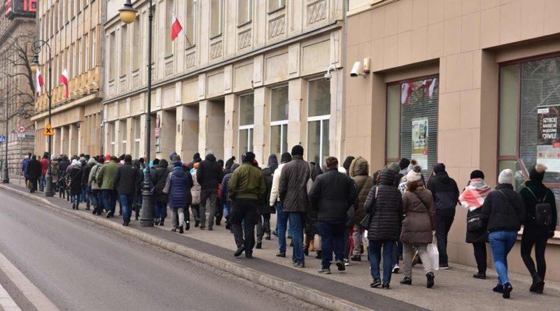 wycieczka fot. popoznaniu.pl  800x445 - Poznań: Zapraszają na wycieczkę... nie wiadomo, gdzie