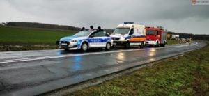 wypadek 4 fot. osp lubowo 300x138 - Gniezno: Uwięziona w samochodzie kobieta w ciąży