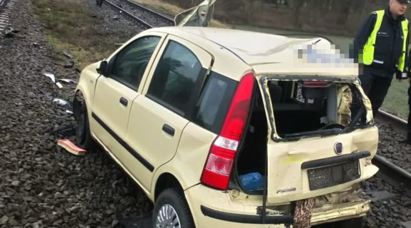 Środa Wielkopolska: Doprowadziła do zderzenia z pociągiem i... poszła do domu
