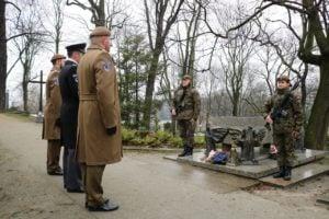 2 300x200 - Poznań: Wielkopolscy Terytorialsi pamiętali o generale Taczaku
