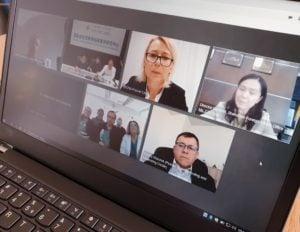 jacek jaskowiak konferencja z shenzen 2 fot. ump.jpg 300x232 - Poznań: Wideokonferencja z lekarzami z Shenzhen