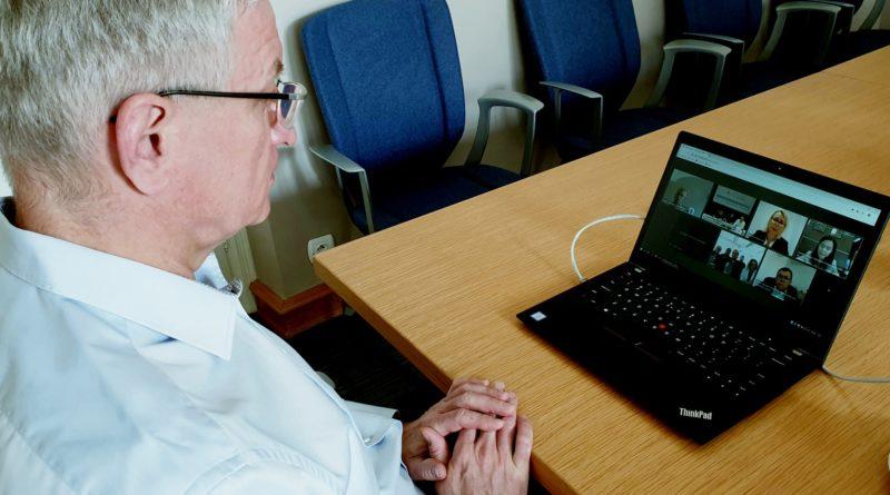 Jacek Jaśkowiak konferencja z Shenzhen fot. UMP