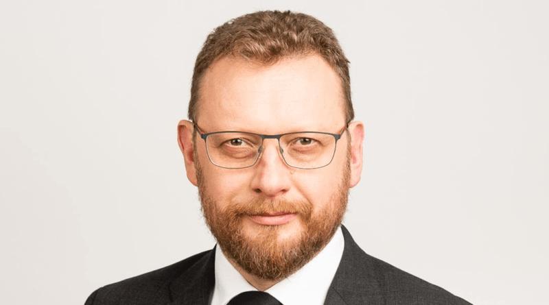 minister lukasz szumowski fot. gov 800x445 - Czy Polacy ufają ministrowi zdrowia?