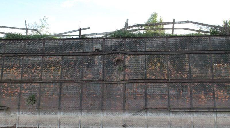 Mur oporowy [Tomasz Dworek]