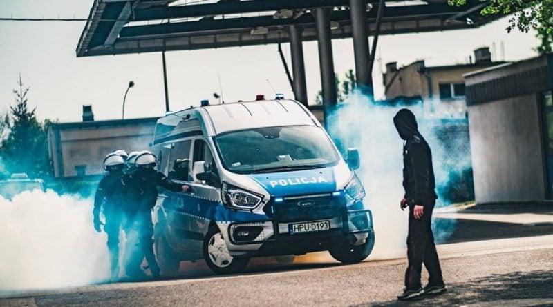 napastnik z siekierą fot. policja