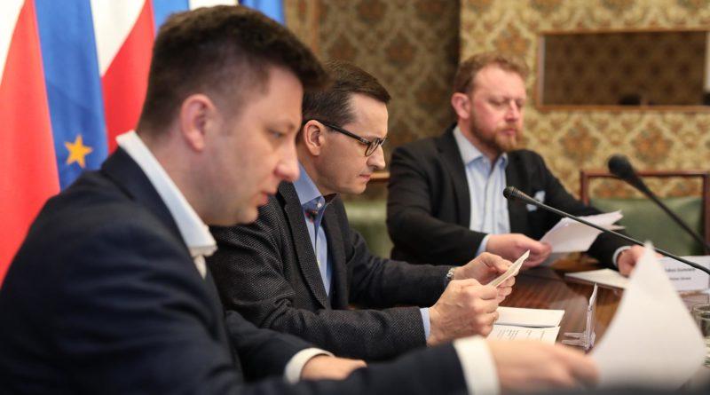 Premier Morawiecki posiedzenie sztabu kryzysowego fot. premier.,gov.pl