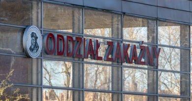 szpital zakazny poznan 4059 390x205 - Poznań: Szesnasta ofiara koronawirusa w Wielkopolsce