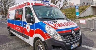 Szpital Zakaźny Szwajcarska ambulans karetka pogotowie strefa zero fot. Sławek Wąchała