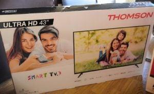 ukradziony telewizor 2 fot. policja  300x183 - Konin: Ukradł dwa 42-calowe telewizory. Wywiózł je... wózkiem sklepowym