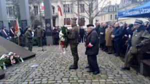 zolnierze wykleci 4 300x169 - Poznań: Wojewoda i kombatanci uczcili żołnierzy wyklętych