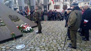 zolnierze wykleci 5 300x169 - Poznań: Wojewoda i kombatanci uczcili żołnierzy wyklętych