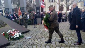 zolnierze wykleci 6 300x169 - Poznań: Wojewoda i kombatanci uczcili żołnierzy wyklętych