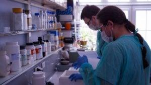 badania nad testem na koronawirusa fot. ICHB PAN