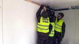 budowa izby przyjec 1 fot. wot 300x169 - Poznań: WOT rozbudował doraźną izbę przyjęć przed szpitalem wojewódzkim