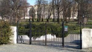 poznan park chopina  300x169 - Poznań: Miasto, policja i bardzo nieliczni przechodnie