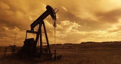 ropa naftowa pompa fot. pixabay