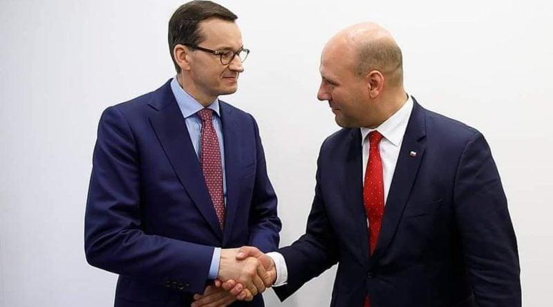 Szymon Szynkowski vel Sęk i Mateusz Morawiecki fot. FB