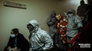 wojsko pomaga w ewakuacji dps kalisz 4 fot. wot 300x169 - Kalisz: Wojsko pomogło w ewakuacji DPS w Kaliszu