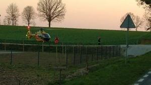 wypadek 3 fot. osp dabrowka lesna 300x169 - Oborniki: Samochód dachował między Dąbrówką Leśną a Lipą