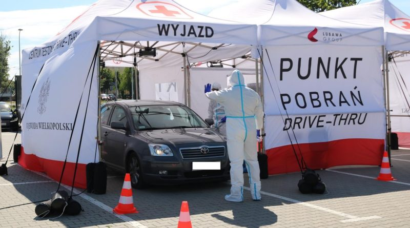 drive thru 2 fot. wbot 800x445 - Polska: Mamy nowy rekord zakażeń!