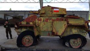 fox 1 fot. muzeum broni pancernej 300x169 - Poznań: Muzeum Broni Pancernej z kolejnym eksponatem!