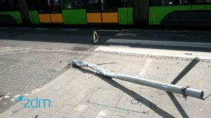 glogowska 3 fot. zdm 300x168 - Poznań: Kolejne sygnalizacje świetlne uszkodzone - bo kierowca jechał za szybko...