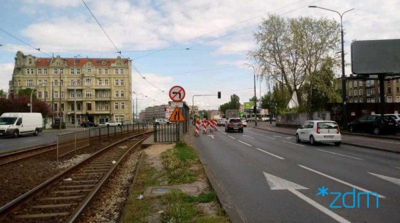 Poznań: Kolizja na Hetmańskiej. Utrudnienia z przejazdem