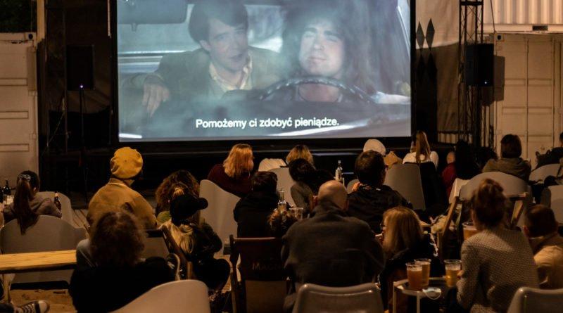 Kino plenerowe KontenerART fot. Sławek Wąchała