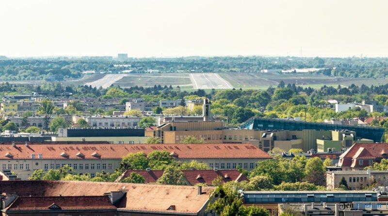 Port Lotniczy Poznań Ławica lotnisko fot. Sławek Wąchała