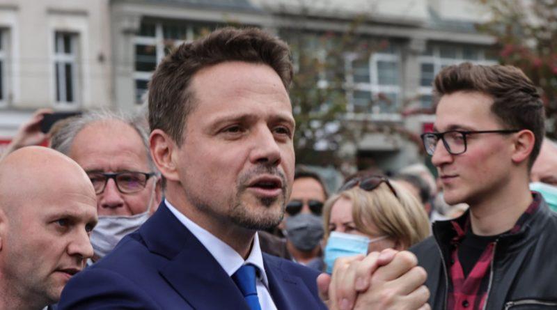 rafal trzaskowski 17 fot. s. wachala. 800x445 - Gniezno: Rafał Trzaskowski przyjechał do pierwszej stolicy Polski