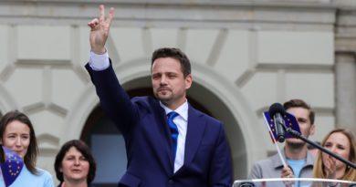 rafal trzaskowski 27 fot. s. wachala. 390x205 - Poznań: Rozpoczyna się wielkie zbieranie podpisów dla Rafała Trzaskowskiego