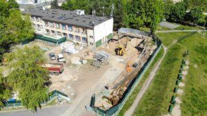 Poznań: Rozbudowa SP 68. Fundamenty już są!