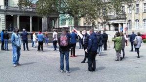 spacer z konstytucja 1 300x169 - Poznań: 3 Maja, czyli spacer z Konstytucją na placu Wolności
