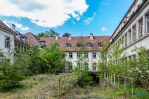 szptal sanatorium dla dzieci w milowodach fot. slawek wachala 8708 300x200 - Na weekend do Kowanówka