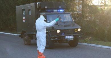 Kępno: Ognisko zakażenia koronawirusem w firmie meblarskiej. Trwa akcja sanepidu