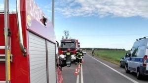 wypadek 3 fot. osp golina 300x169 - Konin: Dachowanie w Golinie. jedna osoba ranna