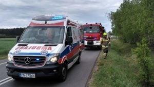 wypadek 4 fot. osp golina 300x169 - Konin: Dachowanie w Golinie. jedna osoba ranna
