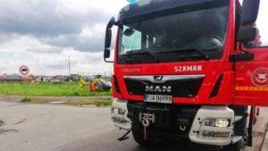 wypadek 4 fot. osp witaszyce 300x169 - Jarocin: Mężczyzna wpadł do zbiornika w Witaszycach