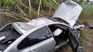 wypadek2 fot. osp golina 300x169 - Konin: Dachowanie w Golinie. jedna osoba ranna