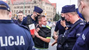 demonstracja i wiec fot. s. wachala19 300x169 - Poznań: PiS i Młodzi Nowocześni, czyli dwie demonstracje na jednym placu