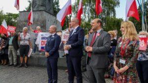 demonstracja i wiec fot. s. wachala3 300x169 - Poznań: PiS i Młodzi Nowocześni, czyli dwie demonstracje na jednym placu