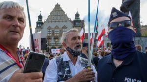 demonstracja i wiec fot. s. wachala8 300x169 - Poznań: PiS i Młodzi Nowocześni, czyli dwie demonstracje na jednym placu
