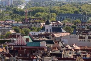 hotel altus miasto poznan fot. slawek wachala 1093 300x200 - Poznań: Widok z góry na Święty Marcin. I o wiele dalej!