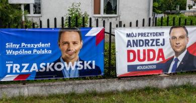 Kampania wyborcza Duda Trzaskowski banery sołtys bolechowo konflikt fot. Sławek Wąchała