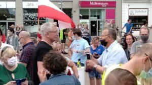 obchody 4 czerwca 7 300x169 - Poznań: Toast dla Wolności - na placu Wolności