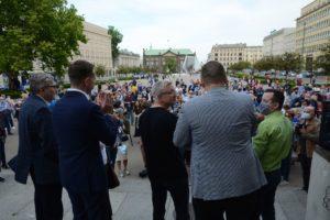 obchody 4 czerwca fot. k. adamska 5 300x200 - Poznań: Toast dla Wolności - na placu Wolności